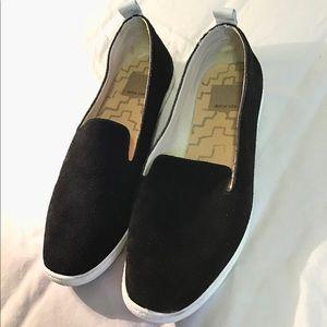 Dolce Vita Black Flats Size 6